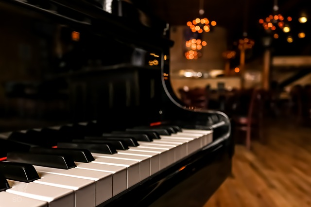 Blog Thumbnail of Talented Musicians Tickle the Ivories Every Night at Georgetown Piano Bar.