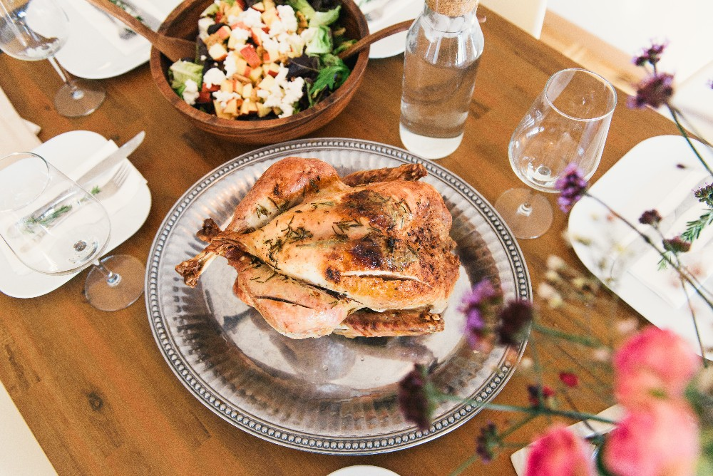 Blog Thumbnail of Thanksgiving Is Served! Essential Hosting Tips for Renters