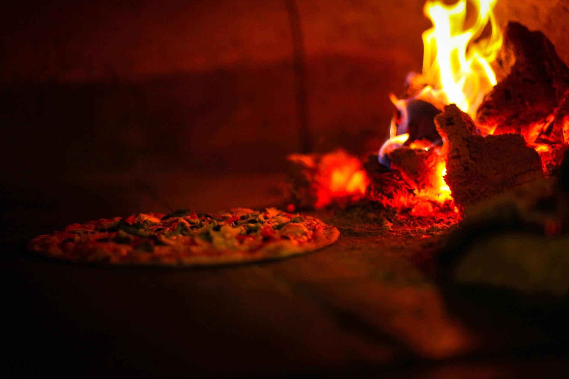 Blog Thumbnail of Enjoy Neapolitan Pizzas at Pupatella